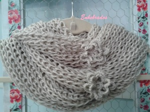 enhebrados cuellos lana
